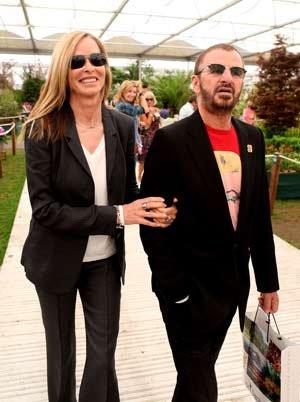 Ринго Старр (Ринго Старки) и его жена - актриса Барбара вместе почти 30 лет. Фото: FOTOBANK/REX.