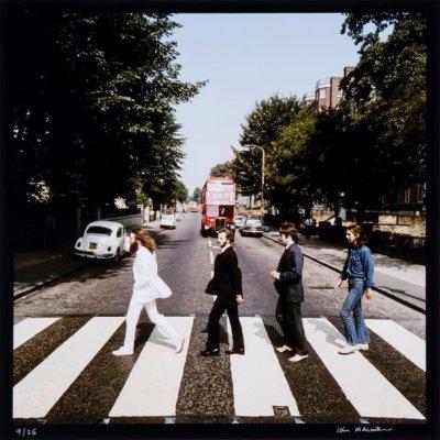 Культовые фотографии Beatles уйдут с молотка
