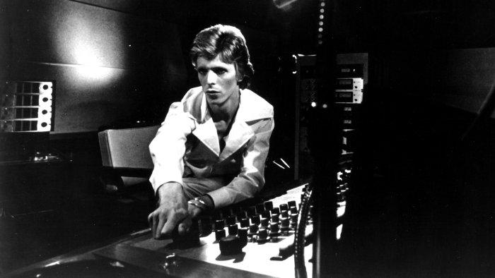 David Bowie in studio 1974