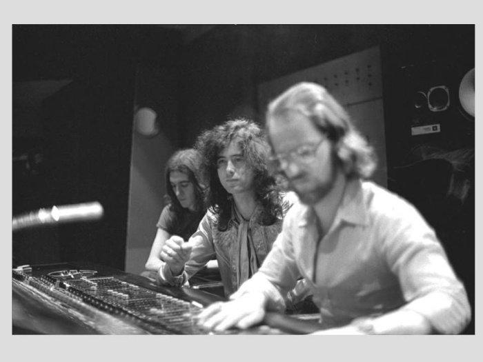 Eddie Kramer in studio